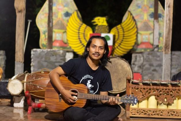 Indonesische singer-songwriter in Simpelveldse Klimboom