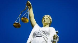 Celstraf geëist tegen van corruptie verdachte ex-ambtenaar