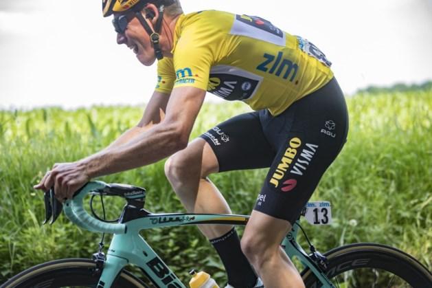 Etappe ZLM Tour ingekort vanwege auto's op het parcours