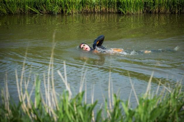 Tussenstand Elfstedenzwemtocht Maarten van der Weijden: 1,4 miljoen