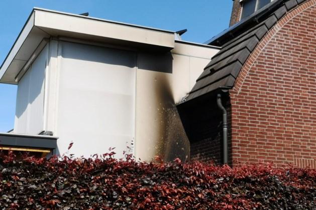 Schade aan woning door containerbrand in Reuver