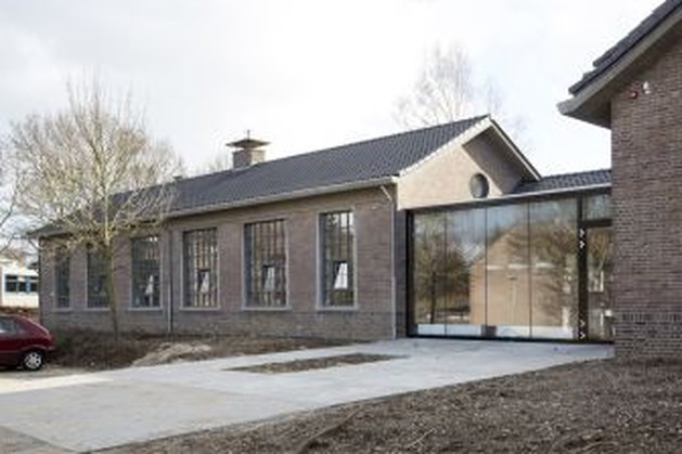Oude vakschool van 't Eikske omgebouwd tot nieuw wijkcentrum