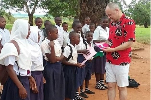 Ruud Ras bezocht een project van Plan International in Tanzania