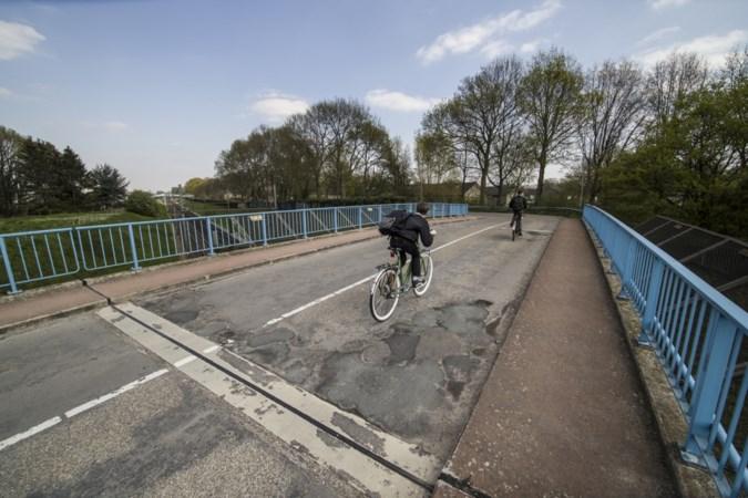 Inwoners Sittardse volkswijk verzetten zich tegen sluiting brug