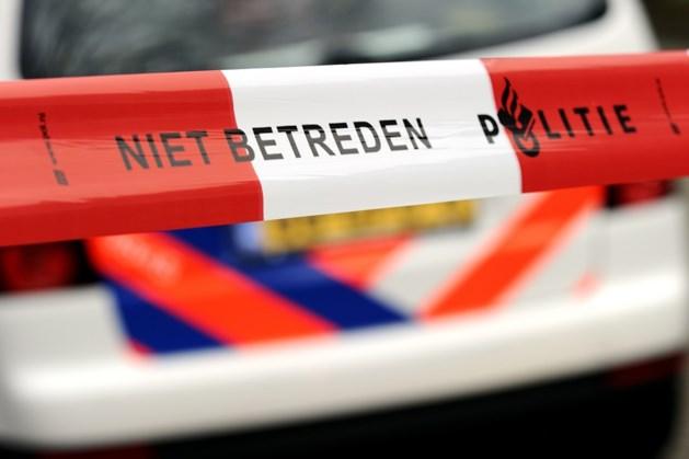 Zwaar vuurwerk en luchtdrukwapens gevonden bij inval Roermond