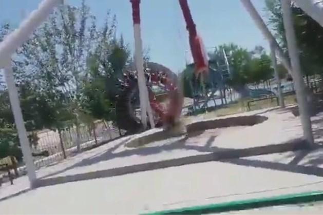 Dramatisch ongeval met superschommel in attractiepark in Oezbekistan: 19-jarig meisje komt om
