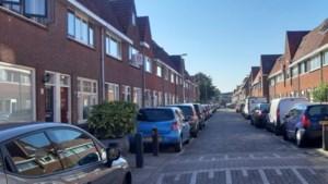 Bejaard echtpaar geschrokken nadat Wesley Sneijder hun auto molesteerde