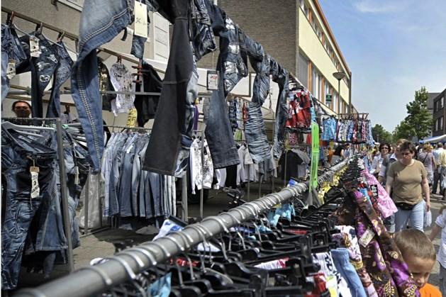 Zomermarkt met muziek en attracties in Grubbenvorst