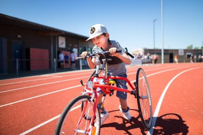 Tegenstanders gezocht voor lichamelijk beperkte Josha (7), de snelste racerunner van Zuid-Limburg