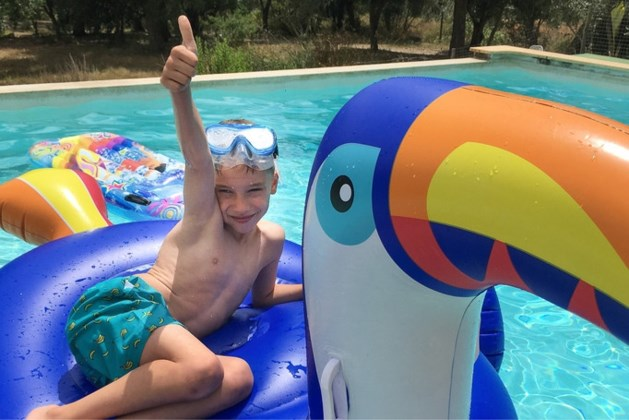 Niemand schuldig aan dood Vic (6) die klem zat in zwembadfilter Portugal