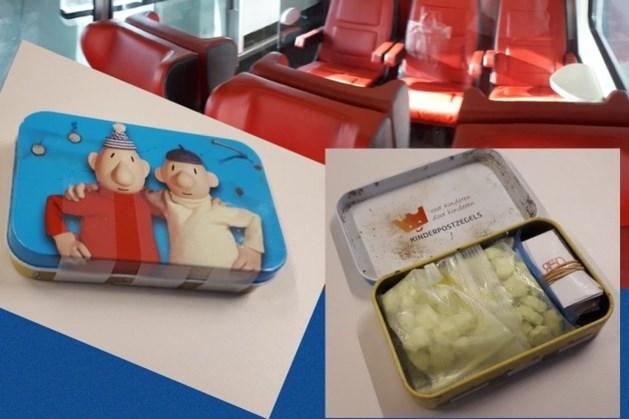 Verbijstering bij agent: kindertrommeltje met xtc en coke achtergelaten in trein