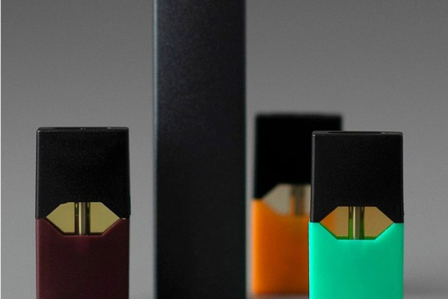 RIVM bezorgd: Opmars illegale en gevaarlijke e-sigaret Juul in Nederland