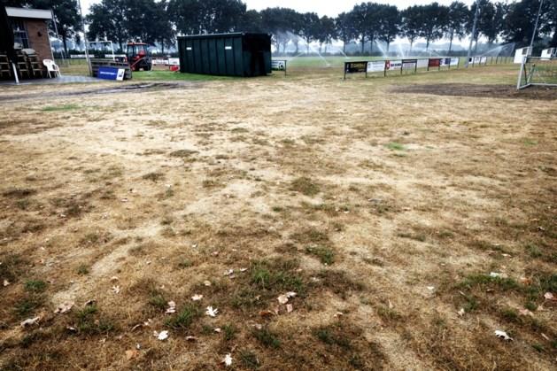 Voetbalclubs krijgen ontheffing voor besproeien grasvelden