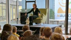 Voorleesuurtje voor kinderen in Heuvellandbibliotheek Valkenburg