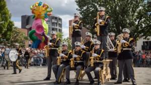 Foto's: Parade en taptoe op Blow! by WMC in Kerkrade
