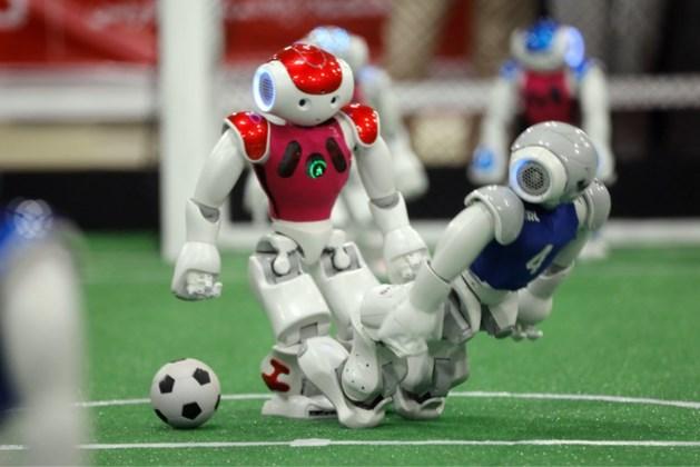Nederland prolongeert wereldtitel robotvoetbal met 'Lieke Motors'