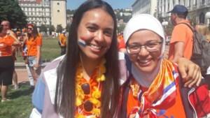 Limburgse voetbalfans Nadia en Jamila in Lyon: Sari gaat ons redden!