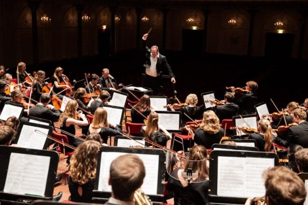VU-Orkest start zomertournee in Thorn