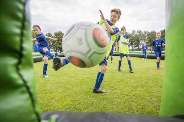 Opblaaskooi favoriet onderdeel bij voetbalweken