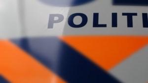 Auto met baby beschoten: politie zoekt dader