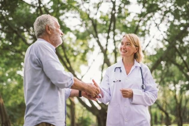 Flexibele specialist bespaart geld door patiënt buiten het ziekenhuis te zien