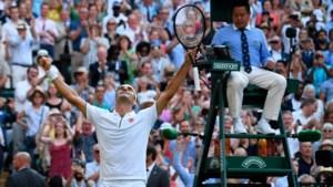 Federer klopt Nadal in clash op Wimbledon