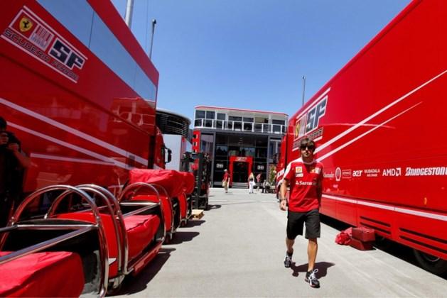 Immigranten in vrachtwagen met Ferrari's naar Silverstone