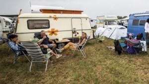 De campercamping bij Bospop: 'Het is al ergens op de wereld twaalf uur, proost'