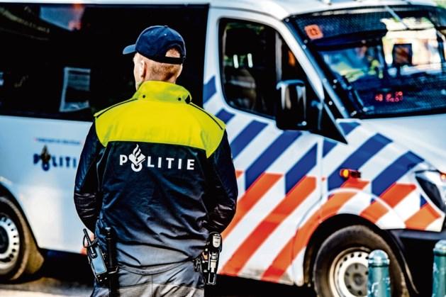 Politie opent de jacht op niet-integere agent