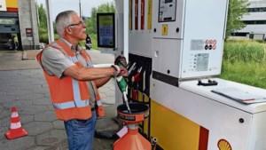 Komt er bij 20 liter ook echt 20 liter brandstof uit de slang?