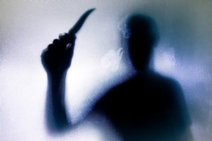 Ruzie over verkoop woning aanleiding voor bewerken ex met mes in Weert