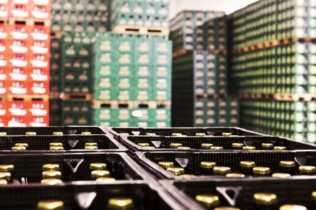 Supermarkt richt parkeerplaats in 'voor klanten met bier' in de buurt van Limburgse grens
