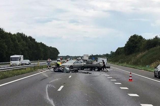 A73 bij Horst weer vrij na ongeval