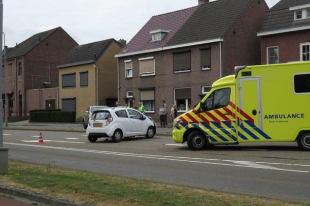 Twee gewonden bij frontale botsing in Brunssum