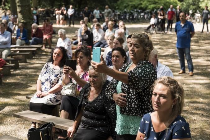 Na een jaar van rouw, zijn de Sinti terug op bedevaart in Roermond