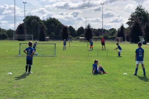 Meedoen aan de voetbalweek in de zomervakantie blijft leuk