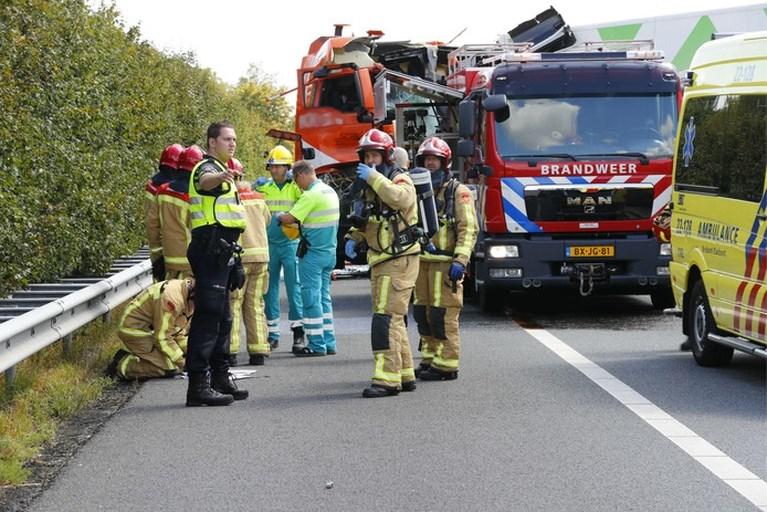 Vrachtwagenchauffeur komt om bij ongeluk op A67 bij Asten