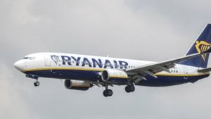 Lagere ticketprijzen drukken winst Ryanair