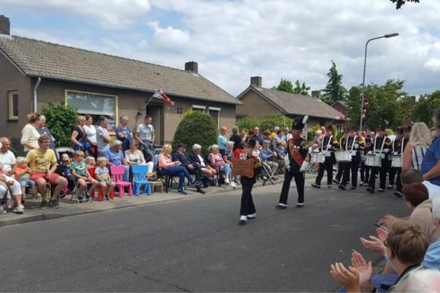 Schutterij Sint Maternus verwelkomt 16 schutterijen op bondsschuttersfeest in Wijlre