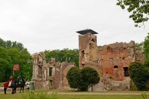 Cultuurhistorische rondleiding bij kasteelruïne Bleijenbeek