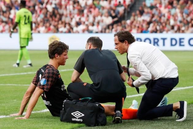 Blessure PSV-aanvaller Sam Lammers 'ziet er niet goed uit'