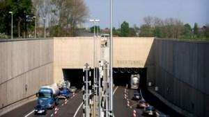 Roertunnel tweede keer dicht vanwege kapotte auto
