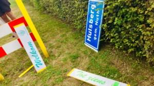 Nieuwe plaatsnaamborden in Beekdaelen