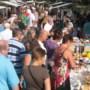 Rommelmarkt Stevensweert bulkt van koopjes en curiosa