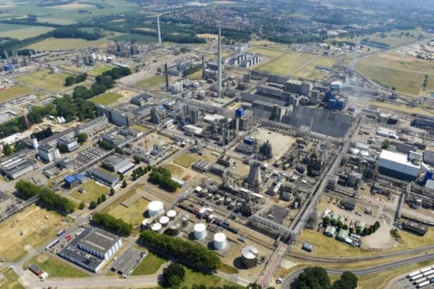 Storing fabriek zorgt voor bruine pluim Chemelot