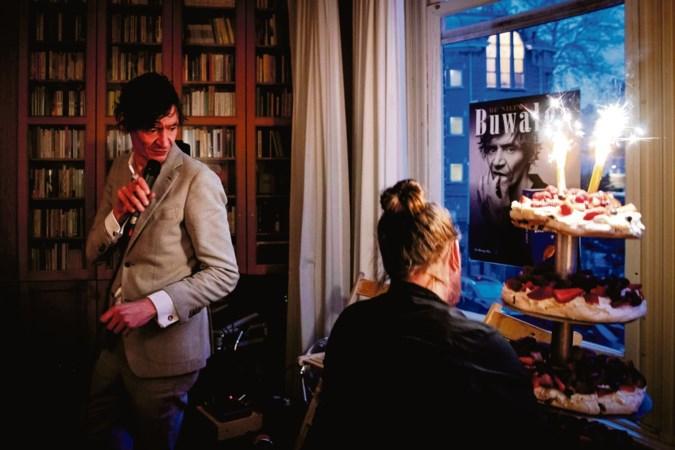 Peter Buwalda: 'Schrijven is niet per se leuk, maar ik doe niets liever'