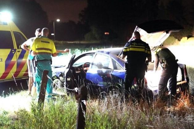 Geërgerde bestuurder weigert medische hulp na ongeluk in Ell
