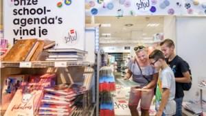 'In België schaft de school de schoolspullen voor je aan'