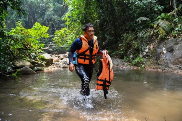 Duikers zoeken naar Londense tiener Maleisië