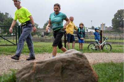 Bij de populaire Heuvelland Vierdaagse staat het zelf wandelen centraal